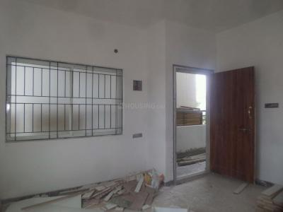 Gallery Cover Image of 800 Sq.ft 1 BHK Apartment for rent in Singasandra for 8000
