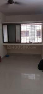 Gallery Cover Image of 300 Sq.ft 1 BHK Apartment for rent in Omkar SRA Building, Malad East for 12000