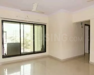 Gallery Cover Image of 665 Sq.ft 2 BHK Apartment for buy in Malad East for 11800000