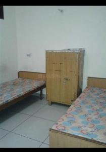 Bedroom Image of Khalsa Girls PG in Sector 22