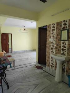 Gallery Cover Image of 1200 Sq.ft 3 BHK Apartment for rent in Keshtopur for 13000