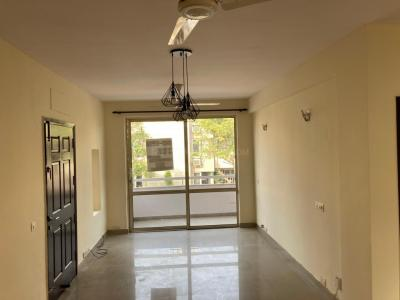 Gallery Cover Image of 2500 Sq.ft 3 BHK Independent Floor for rent in Unitech Nirvana Country Cedar Crest, Sector 50 for 35000