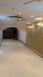 Gallery Cover Image of 1800 Sq.ft 3 BHK Apartment for rent in Lajpat Nagar for 45000