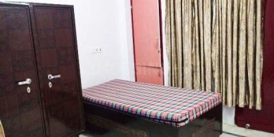 Bedroom Image of Rahat House Boys PG in Jamia Nagar
