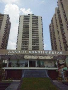 Gallery Cover Image of 1350 Sq.ft 2 BHK Apartment for buy in Aakriti Aakriti Shantiniketan, Sector 143B for 7695000