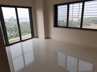 Gallery Cover Image of 600 Sq.ft 1 BHK Apartment for rent in Sugee Sadan, Dadar West for 48000