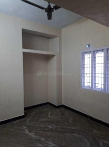 Gallery Cover Image of 1000 Sq.ft 2 BHK Apartment for rent in Chitlapakkam for 16000