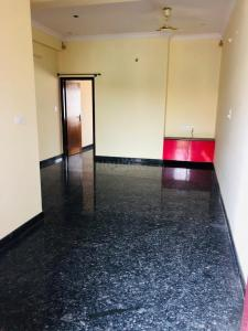 Gallery Cover Image of 500 Sq.ft 1 BHK Independent Floor for rent in Hebbal Kempapura for 9500