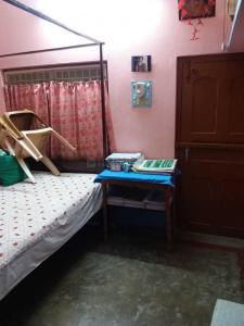 Gallery Cover Image of 640 Sq.ft 2 BHK Independent Floor for rent in Ichapur for 12000