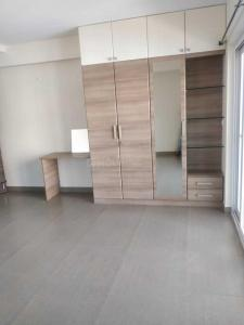 Gallery Cover Image of 1251 Sq.ft 2 BHK Apartment for rent in Nungambakkam for 28000