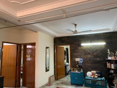 Gallery Cover Image of 1128 Sq.ft 2 BHK Independent Floor for buy in Chittaranjan Park for 12000000