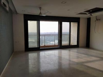 Gallery Cover Image of 1305 Sq.ft 3 BHK Apartment for buy in Malad West for 29000000
