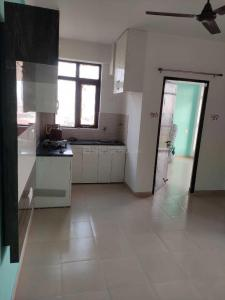 Gallery Cover Image of 800 Sq.ft 3 BHK Apartment for rent in Auric City Homes, Sector 82 for 10000