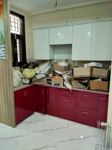 Gallery Cover Image of 1350 Sq.ft 3 BHK Apartment for buy in Vasundhara for 5800000