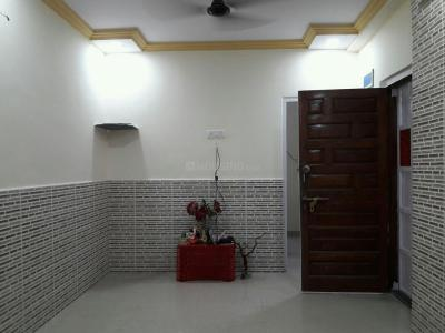 Gallery Cover Image of 750 Sq.ft 2 BHK Apartment for rent in Borivali West for 25000