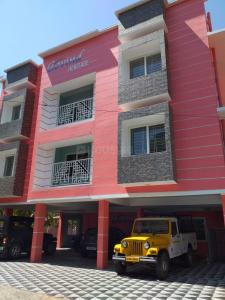 Gallery Cover Image of 1100 Sq.ft 2 BHK Apartment for buy in Ayyanthole for 3700000