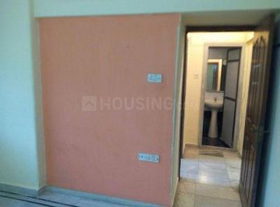 Gallery Cover Image of 450 Sq.ft 1 BHK Apartment for rent in Surodaya Apartment, Santacruz East for 28000