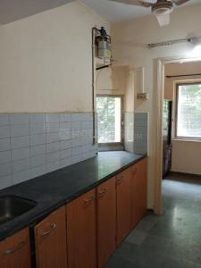 Gallery Cover Image of 650 Sq.ft 1 BHK Apartment for rent in Vasant Vihar Complax, Thane West for 20000