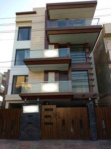 Gallery Cover Image of 2844 Sq.ft 3 BHK Independent Floor for buy in Sushant Lok I for 38000000