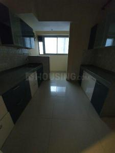 Gallery Cover Image of 1100 Sq.ft 2 BHK Apartment for rent in Kandivali East for 40000