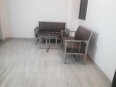 Gallery Cover Image of 750 Sq.ft 1 BHK Independent Floor for rent in Sushant Lok I for 26000