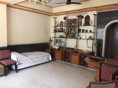 Gallery Cover Image of 305 Sq.ft 1 RK Apartment for rent in Worli for 22000