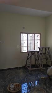 Gallery Cover Image of 700 Sq.ft 2 BHK Independent House for rent in Anakaputhur for 8000