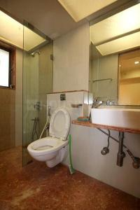 Bathroom Image of Posh And Lavish Room in Bandra West