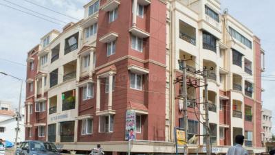 Gallery Cover Image of 1500 Sq.ft 3 BHK Apartment for rent in Sai Teja Sherwood Apartment, Mahadevapura for 25000