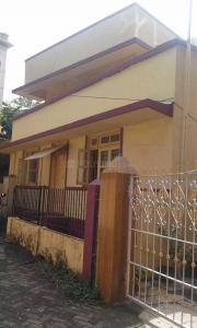 Gallery Cover Image of 3240 Sq.ft 4 BHK Villa for buy in Bandra West for 200000000