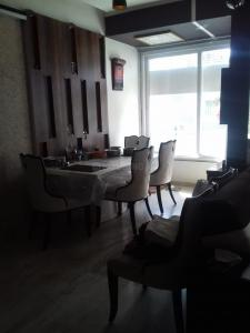 Gallery Cover Image of 2200 Sq.ft 3 BHK Independent Floor for buy in Shree Balaji Wind Park, Vaishno Devi Circle for 12000000