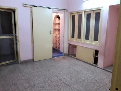 Gallery Cover Image of 786 Sq.ft 2 BHK Apartment for rent in Bangur Avenue for 13500