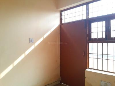 Gallery Cover Image of 680 Sq.ft 1 BHK Apartment for buy in Sector 76 for 3500000