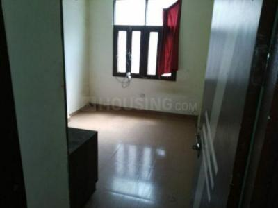 Gallery Cover Image of 950 Sq.ft 2 BHK Apartment for rent in Sector 62A for 13000
