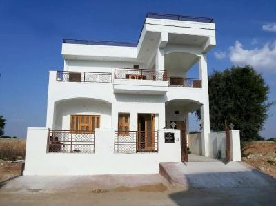 Gallery Cover Image of 2700 Sq.ft 4 BHK Villa for rent in Cantt Area for 25000