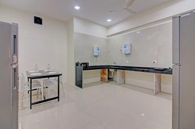 Kitchen Image of Oyo Life Mum1485 Vashi Navi Mumbai in Vashi