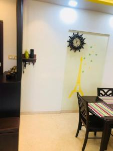 Gallery Cover Image of 1260 Sq.ft 3 BHK Apartment for buy in Dahisar East for 19550000