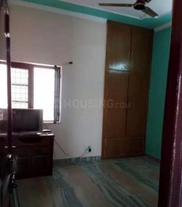 Gallery Cover Image of 1900 Sq.ft 2 BHK Independent Floor for rent in Laxman Chowk for 10000
