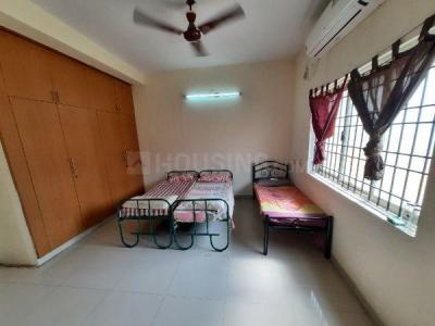 थोरैपक्कम में पिंटू नॉर्थ इंडियन पीजी के बेडरूम की तस्वीर
