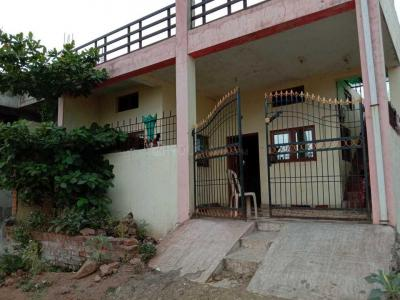 Gallery Cover Image of 1000 Sq.ft 2 BHK Independent House for buy in Garha for 4500000