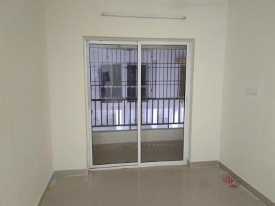 Gallery Cover Image of 839 Sq.ft 2 BHK Apartment for rent in Mambakkam for 12500