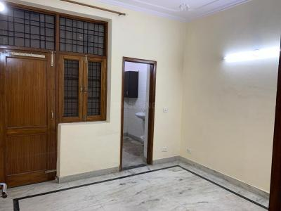 Gallery Cover Image of 1250 Sq.ft 2 BHK Apartment for rent in Jalvayu Tower, Sector 47 for 13500
