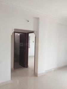 Gallery Cover Image of 750 Sq.ft 2 BHK Apartment for buy in Mannivakkam for 3210000