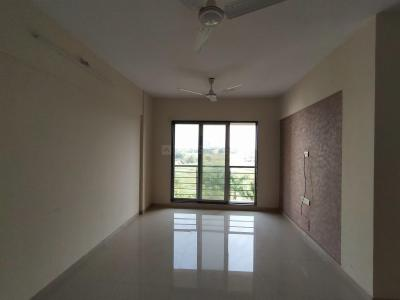 Gallery Cover Image of 1050 Sq.ft 2 BHK Apartment for rent in Vasai West for 13200