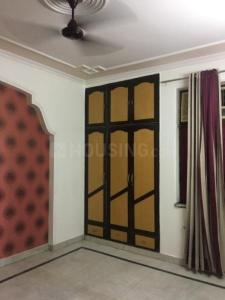 Gallery Cover Image of 2250 Sq.ft 4 BHK Independent Floor for rent in Paschim Vihar for 35000