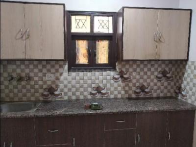 Gallery Cover Image of 400 Sq.ft 2 BHK Independent Floor for rent in Geeta Colony for 10000