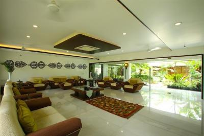 Gallery Cover Image of 7000 Sq.ft 6 BHK Villa for buy in Piplag for 120000000