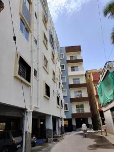 Gallery Cover Image of 1100 Sq.ft 2 BHK Apartment for buy in Sumukha Residency, Banashankari for 6300000