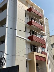 Gallery Cover Image of 1152 Sq.ft 2 BHK Apartment for buy in Perungudi for 7300000
