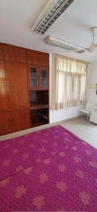 Gallery Cover Image of 350 Sq.ft 1 RK Apartment for rent in DDA Flats Vasant Kunj, Vasant Kunj for 12500